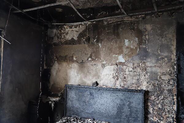 Cháy căn hộ tầng 30 chung cư The Pride, 6 người được giải cứu - Ảnh 2.