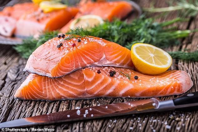Ăn cá 3 lần/tuần giảm hơn 10% nguy cơ ung thư ruột, nhưng một số loại cá có tác dụng ít hơn - Ảnh 2.