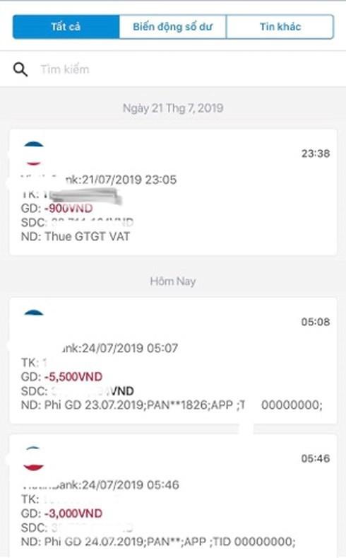 Sững sờ vì thẻ ATM đang bị ngân hàng tận thu quá nhiều loại phí - Ảnh 1.