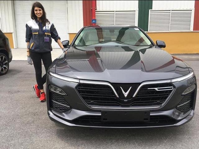 Công bố video 'tra tấn' bộ đôi VinFast Lux tại châu Âu: Đâm va các góc ở tốc độ cao, mô phỏng tai nạn thực tế - Ảnh 2.