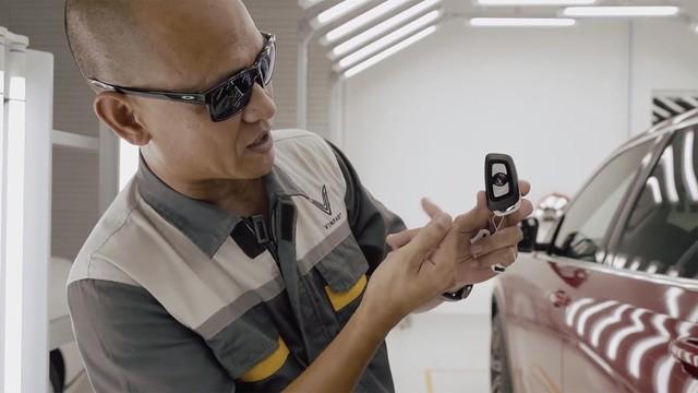 Khám phá những điểm mới của VinFast Lux bản cận thương mại trước ngày bàn giao 200 chiếc đầu tiên - Ảnh 3.