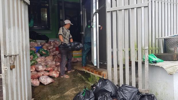 Phát hiện kho chứa hàng trăm cân thịt lợn bốc mùi hôi thối tại Đà Lạt - Ảnh 1.