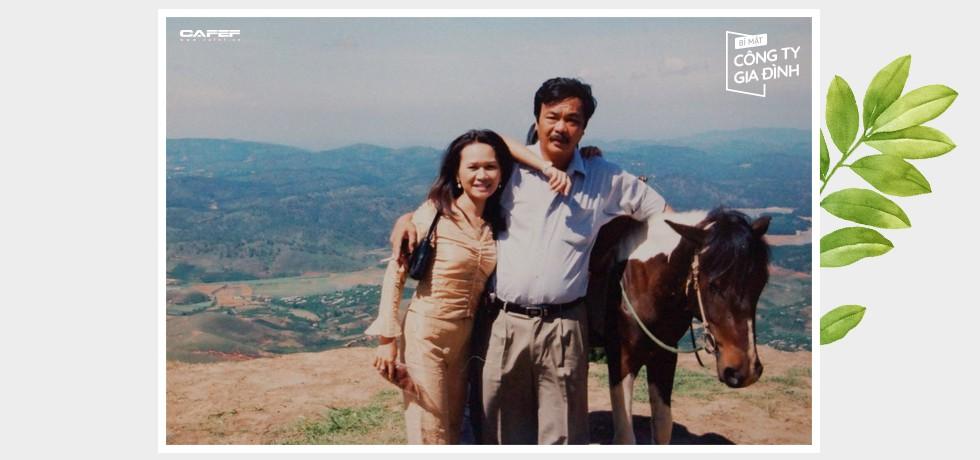 """Cuộc đối thoại hiếm hoi sau 40 năm gắn kết của """"chồng đa tình, vợ biết ghen"""" nhà Dr Thanh: """"Chung thủy không phải trước sau như một"""" - Ảnh 3."""