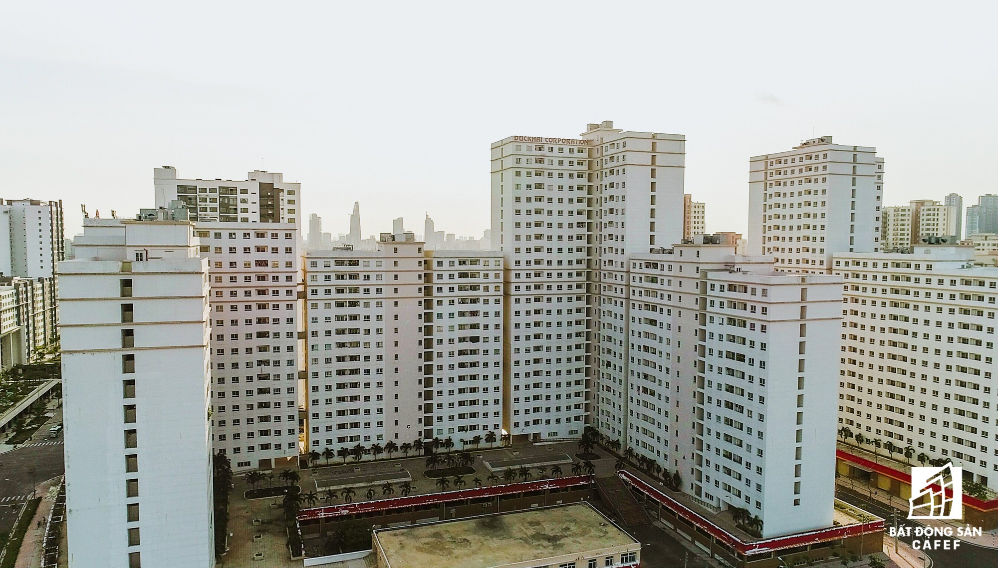 Toàn cảnh khu tái định cư đồ sộ nhất TPHCM, chục nghìn căn hộ không ai ở, bán đấu giá nhiều lần thất bại - Ảnh 17.