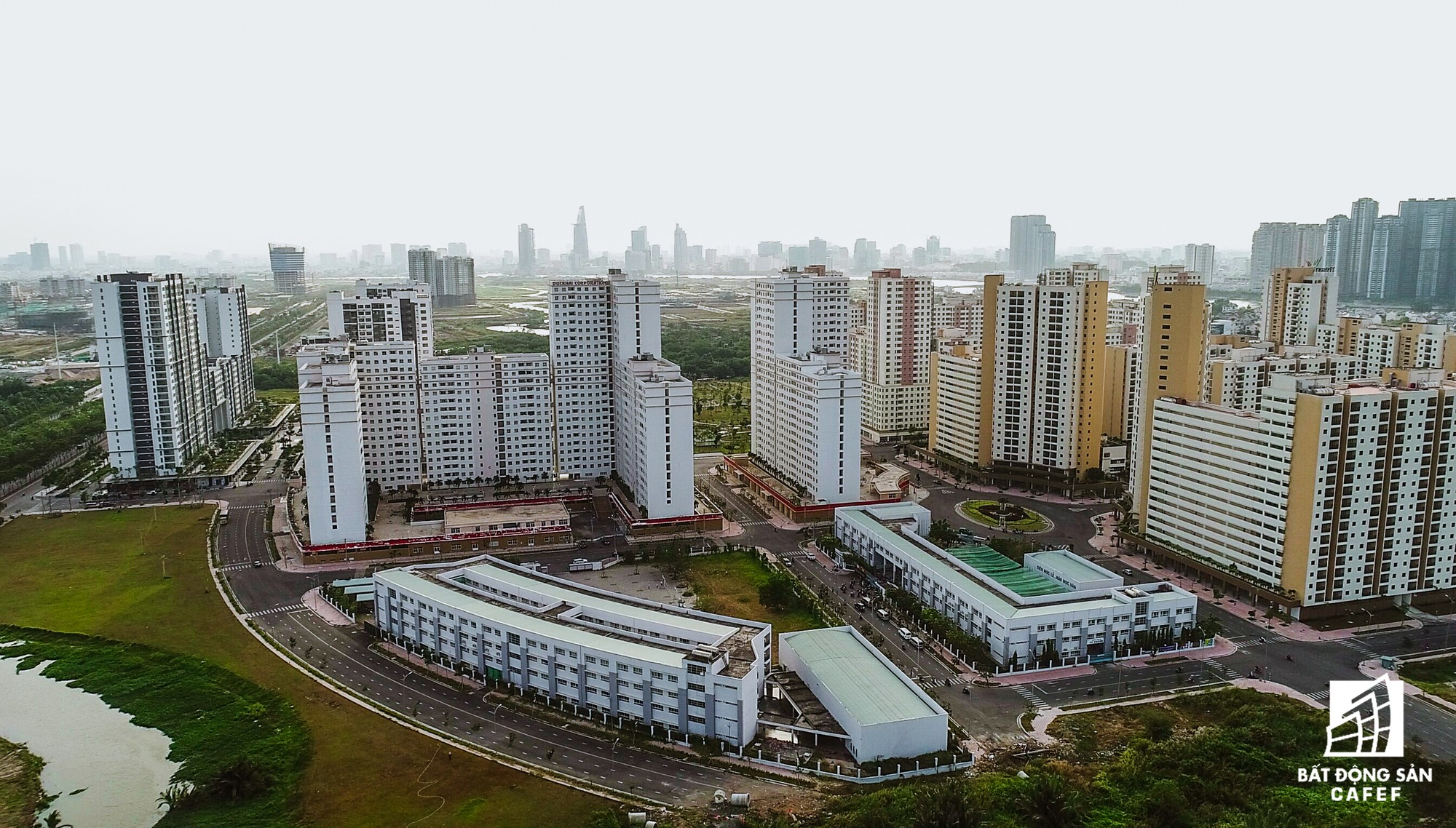 Toàn cảnh khu tái định cư đồ sộ nhất TPHCM, chục nghìn căn hộ không ai ở, bán đấu giá nhiều lần thất bại - Ảnh 4.