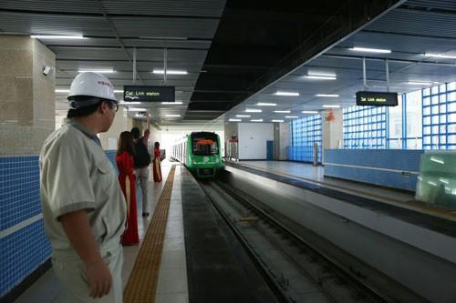 Đường sắt Cát Linh - Hà Đông: Lo ôm nợ ngàn tỉ  - Ảnh 1.