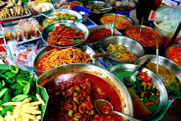 Du lịch Thái Lan: Nếu lần đầu đặt chân sang xứ sở Chùa Vàng, đây là những trải nghiệm bạn nhất định phải thử! - Ảnh 6.