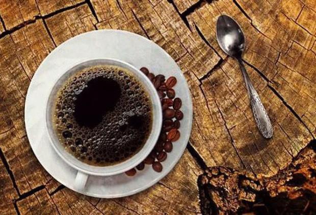 Uống 3 ly cà phê/ngày kích hoạt căn bệnh khó hiểu - Ảnh 1.