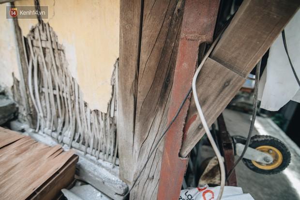 Khu tập thể gỗ xuống cấp nghiêm trọng tồn tại gần 70 năm giữa lòng Hà Nội: Không nhà vệ sinh, là lãnh thổ của bầy chuột sinh sôi - Ảnh 19.