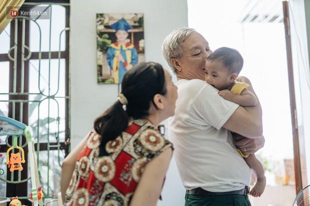 Nhật kí lần đầu làm bố mẹ của cặp vợ chồng U60 ở Hà Nội: Thỏ à, con là món quà vô giá! - Ảnh 22.