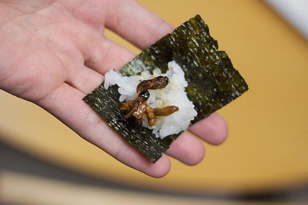 Đến ăn thôi cũng phải cần có sự dũng cảm nếu bạn chọn các món ăn này của người Nhật - Ảnh 5.
