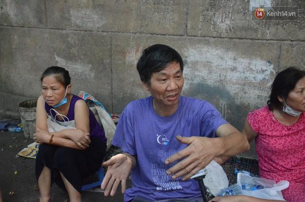 Nỗi khổ của gia đình thiệt hại gần 3 tỷ đồng trong vụ cháy nhà máy phích nước Rạng Đông: Lúc ấy cả 4 người chạy được đã là may lắm rồi - Ảnh 1.