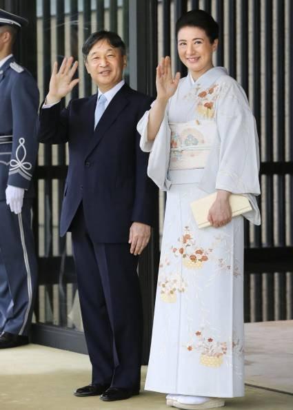 Hoàng hậu Masako tỏa sáng tại tiệc chiêu đãi với thần thái hơn người, vẻ đẹp xuất chúng trong bộ kimono truyền thống, trổ tài ngoại giao bên chồng - Ảnh 4.