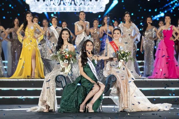 Tất tần tật về Lương Thuỳ Linh - Tân Hoa hậu Thế giới Việt Nam 2019: IELTS 7.5, thành viên đội tuyển HSG Quốc gia tiếng Anh - Ảnh 10.