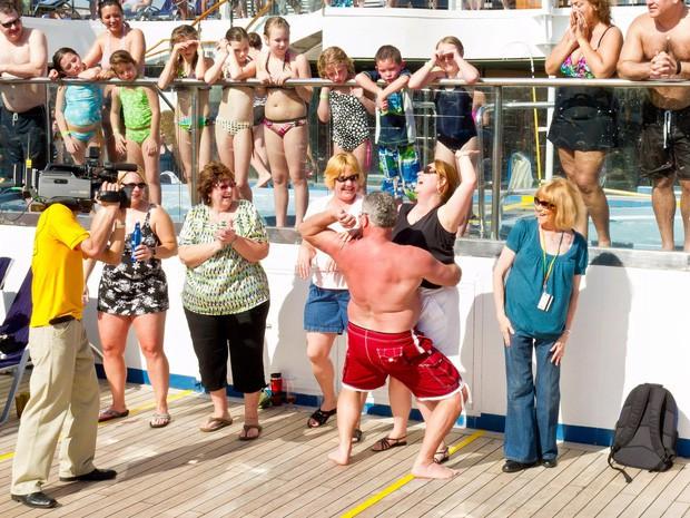 Sự thật gây choáng về những chuyến du thuyền xa hoa: Giờ đây chỉ toàn là say xỉn, đánh lộn, thác loạn và ma túy - Ảnh 5.
