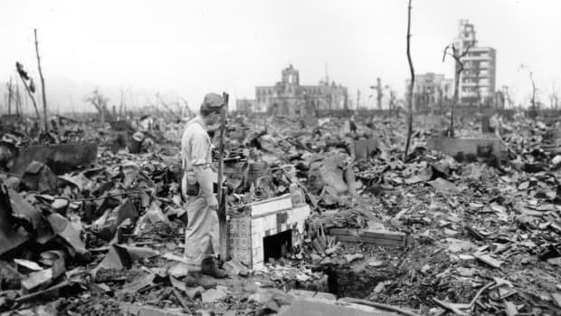 74 năm sau thảm họa bom nguyên tử: Thành phố Hiroshima và Nagasaki hồi sinh mạnh mẽ, người sống sót nhưng tâm tư mãi nằm lại ở quá khứ - Ảnh 6.