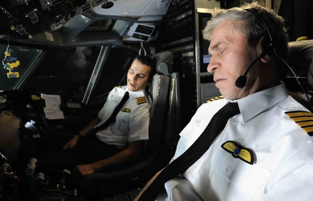 Góc khuất đằng sau những chuyến bay dài của phi công và tiếp viên: Liệu có được ngủ nghỉ, ăn uống như hành khách? - Ảnh 7.