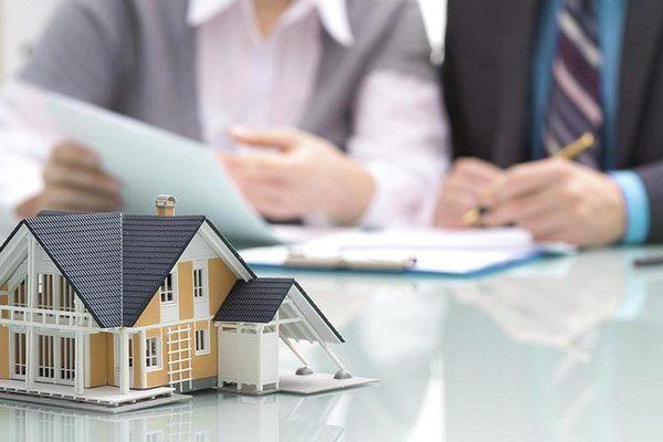 Ngàn tỷ mua trái phiếu bất động sản, cảnh báo điều tiềm ẩn đáng lo - Ảnh 1.