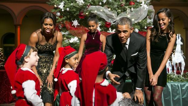 """Cựu Tổng thống Obama: """"Tôi không thể làm tổng thống cả đời nhưng tôi phải làm cha cả đời"""" - Ảnh 1."""