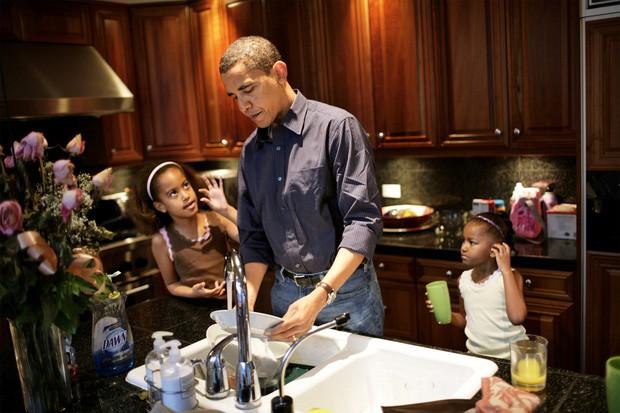 """Cựu Tổng thống Obama: """"Tôi không thể làm tổng thống cả đời nhưng tôi phải làm cha cả đời"""" - Ảnh 3."""
