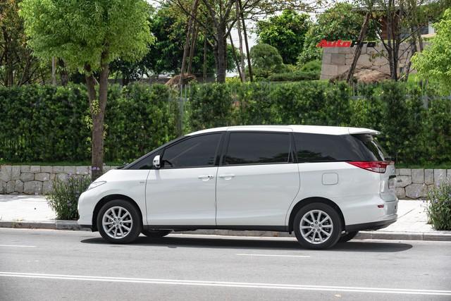 Cận cảnh Toyota Previa 2019 nhập khẩu Trung Đông giá gần 3 tỷ đồng đầu tiên tại Việt Nam - Ảnh 6.