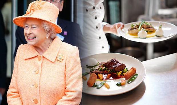 Đây là 3 thói quen ăn uống giúp Nữ hoàng Elizabeth II đã 93 tuổi mà vẫn sống khỏe mạnh, trường thọ - Ảnh 9.