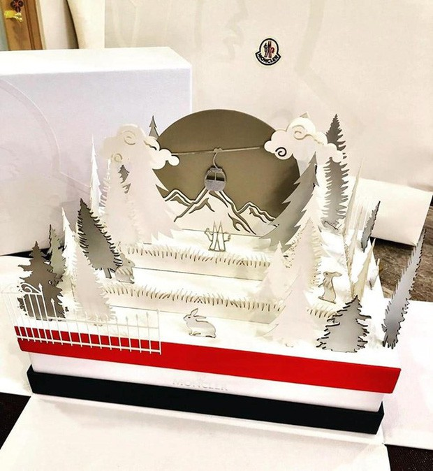 Ngắm tận mắt hộp bánh Trung thu của các nhà mốt nổi tiếng thế giới, ăn vào cũng thấy sang hết cả người - Ảnh 11.