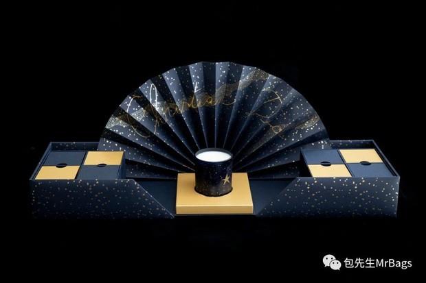 Ngắm tận mắt hộp bánh Trung thu của các nhà mốt nổi tiếng thế giới, ăn vào cũng thấy sang hết cả người - Ảnh 3.