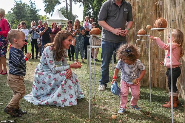Trở về tự nhiên – một khía cạnh quan trọng trong triết lý nuôi dạy con của Kate Middleton - Ảnh 3.