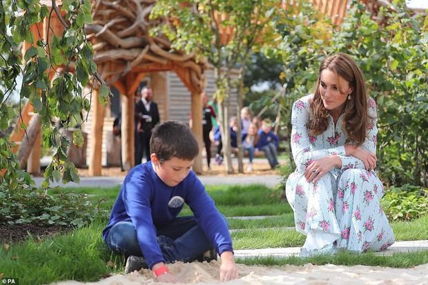 Trở về tự nhiên – một khía cạnh quan trọng trong triết lý nuôi dạy con của Kate Middleton - Ảnh 4.