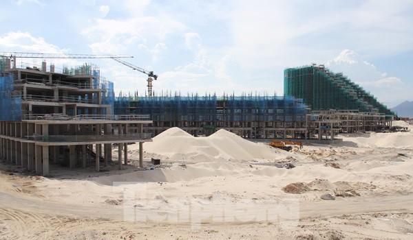 Thị trường Condotel Khánh Hòa lao dốc, nửa năm không có dự án mới - Ảnh 1.
