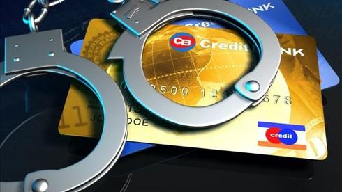 Nở rộ lừa đảo chiếm đoạt tài khoản ngân hàng, khách hàng cần lưu ý những gì? - Ảnh 1.