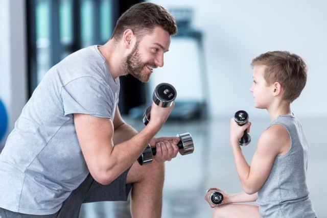 Chiến thuật cân bằng cuộc sống: Làm thế nào để trở thành ông bố, bà mẹ tốt trong khi phần lớn thời gian bạn phải dành cho công việc? - Ảnh 3.