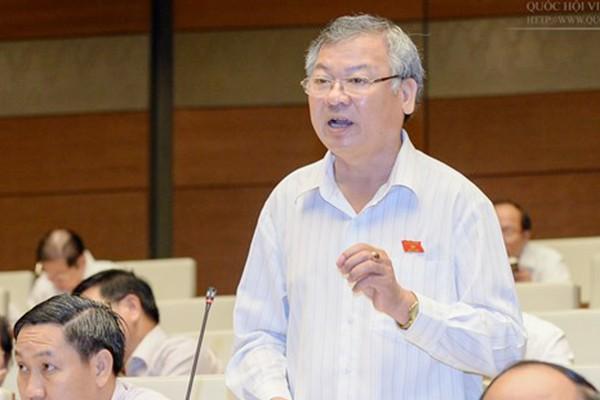 Ông Hồ Văn Năm bị cho thôi làm đại biểu Quốc hội - Ảnh 1.