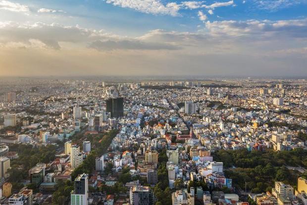 HOT: Một quận ở Sài Gòn vừa lọt top 20 khu phố tuyệt vời nhất thế giới, sánh vai với nhiều tụ điểm ăn chơi lớn - Ảnh 1.