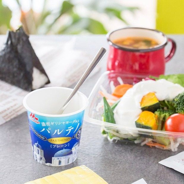 Trả lời tại sao sữa chua luôn bán theo lốc 4 hộp, người Nhật khiến cả thế giới trầm trồ: Đúng là đi đầu về dịch vụ! - Ảnh 2.