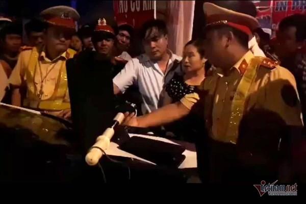 Chủ nhiệm UB Kiểm tra ở Hà Tĩnh có hơi men, gây tai nạn nghiêm trọng - Ảnh 4.
