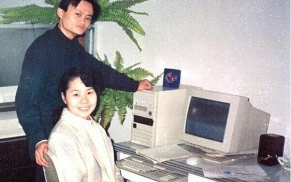 Jack Ma khẳng định: Đàn ông nghe vợ, sớm muộn cũng thành công, đừng bao giờ coi thường tư duy của phụ nữ - Ảnh 1.
