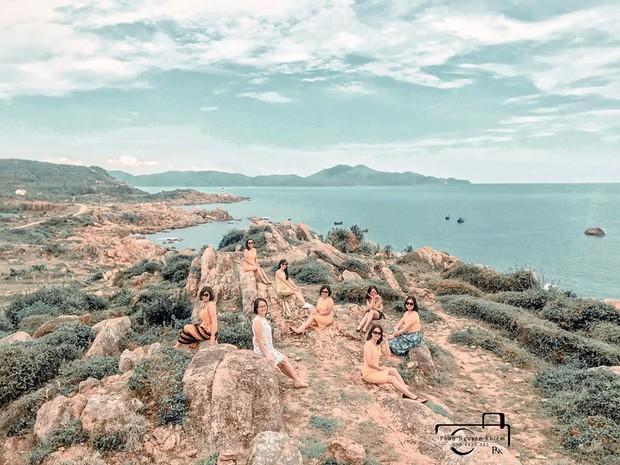 Bộ ảnh du lịch Phú Yên của hội những bà mẹ U50 chứng minh một điều rằng: Thanh xuân đã qua không có nghĩ là chúng ta già đi! - Ảnh 12.