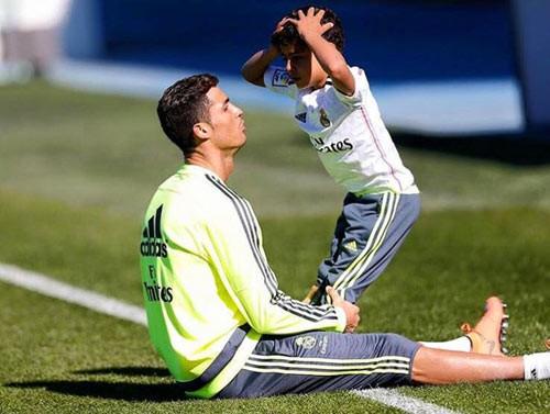 Ông bố Ronaldo nổi tiếng đào hoa, sát gái nhưng dạy con lại vô cùng chỉn chu và đáng ngưỡng mộ - Ảnh 6.