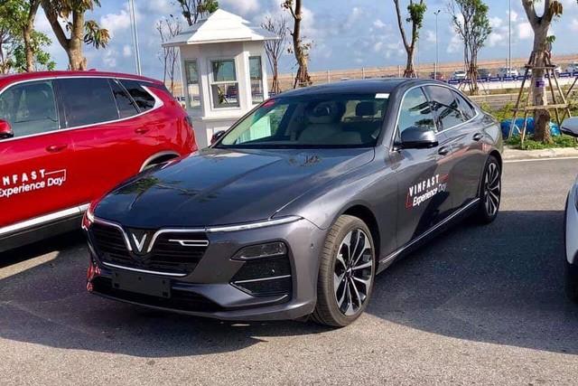 Khách Việt có thể lái thử VinFast Lux cùng chuyên gia nước ngoài, đối tác của Ferrari, Rolls-Royce - Ảnh 1.