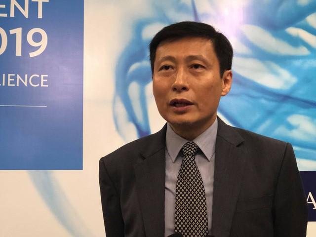 Chuyên gia ADB nói gì về tác động của việc hủy đấu thầu quốc tế cao tốc Bắc Nam tới môi trường kinh doanh Việt Nam? - Ảnh 1.