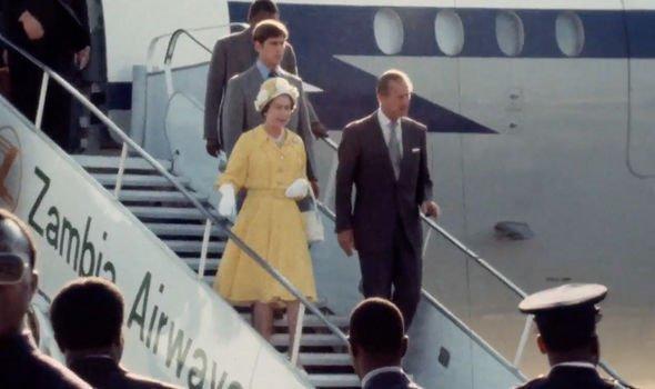 Nữ hoàng Anh mang theo nhiều tấn hành lý trong mỗi chuyến công du - Ảnh 1.