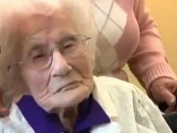 Bí quyết sống lâu của những ông bà thọ nhất thế giới - Ảnh 3.