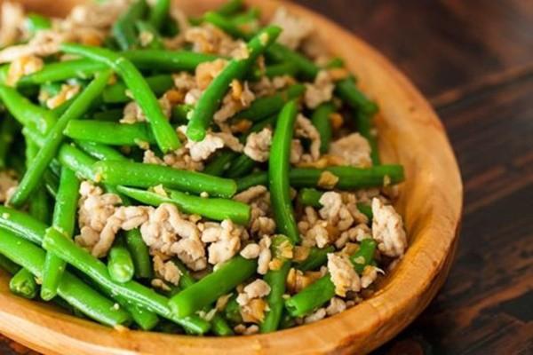 7 loại thực phẩm rất phổ biến nhưng dễ gây ngộ độc, thậm chí cướp đi tính mạng trong tích tắc - Ảnh 3.