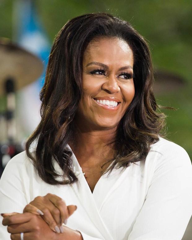 """Từng bị lôi ra làm trò cười và tổn thương sâu sắc nhưng tôi hiểu giá trị của mình"""" - bí quyết để thành công và hạnh phúc do phu nhân cựu tổng thống Obama chia sẻ - Ảnh 3."""