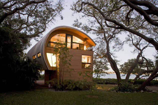 Ngôi nhà lơ lửng giữa rừng cây có view nhìn ra hồ tuyệt đẹp - Ảnh 3.