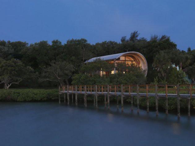 Ngôi nhà lơ lửng giữa rừng cây có view nhìn ra hồ tuyệt đẹp - Ảnh 9.