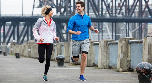 Nghiên cứu chứng minh: Tập luyện và chạy marathon giúp đảo ngược quá trình lão hóa  - Ảnh 1.