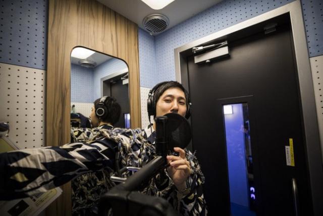 Sự trỗi dậy của văn hóa siêu độc thân ở Nhật Bản: Ăn 1 mình, làm việc 1 mình, thậm chí hát karaoke cũng 1 mình! - Ảnh 1.